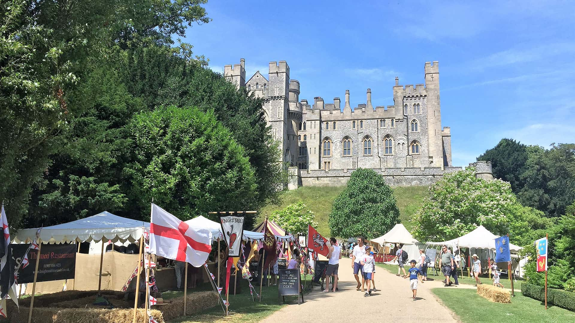 Private Day Tour to Stunning Arundel Castle from London