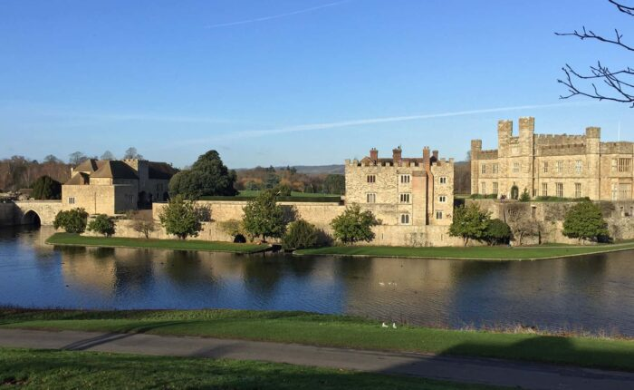 Private Day Tour to Beautiful Leeds Castle, Kent, from London