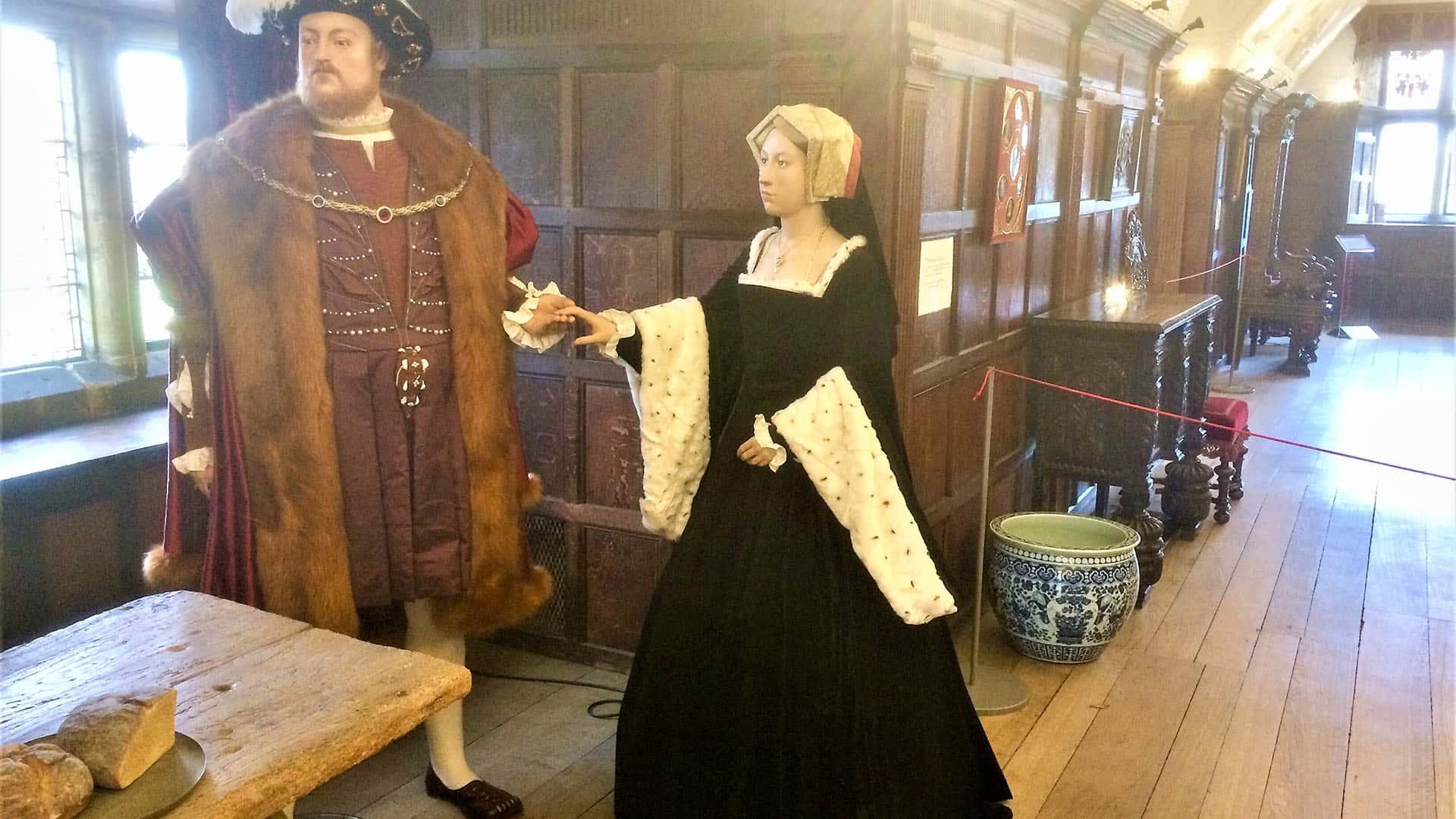 Hever Castle Henry VIII and Anne Boleyn Models