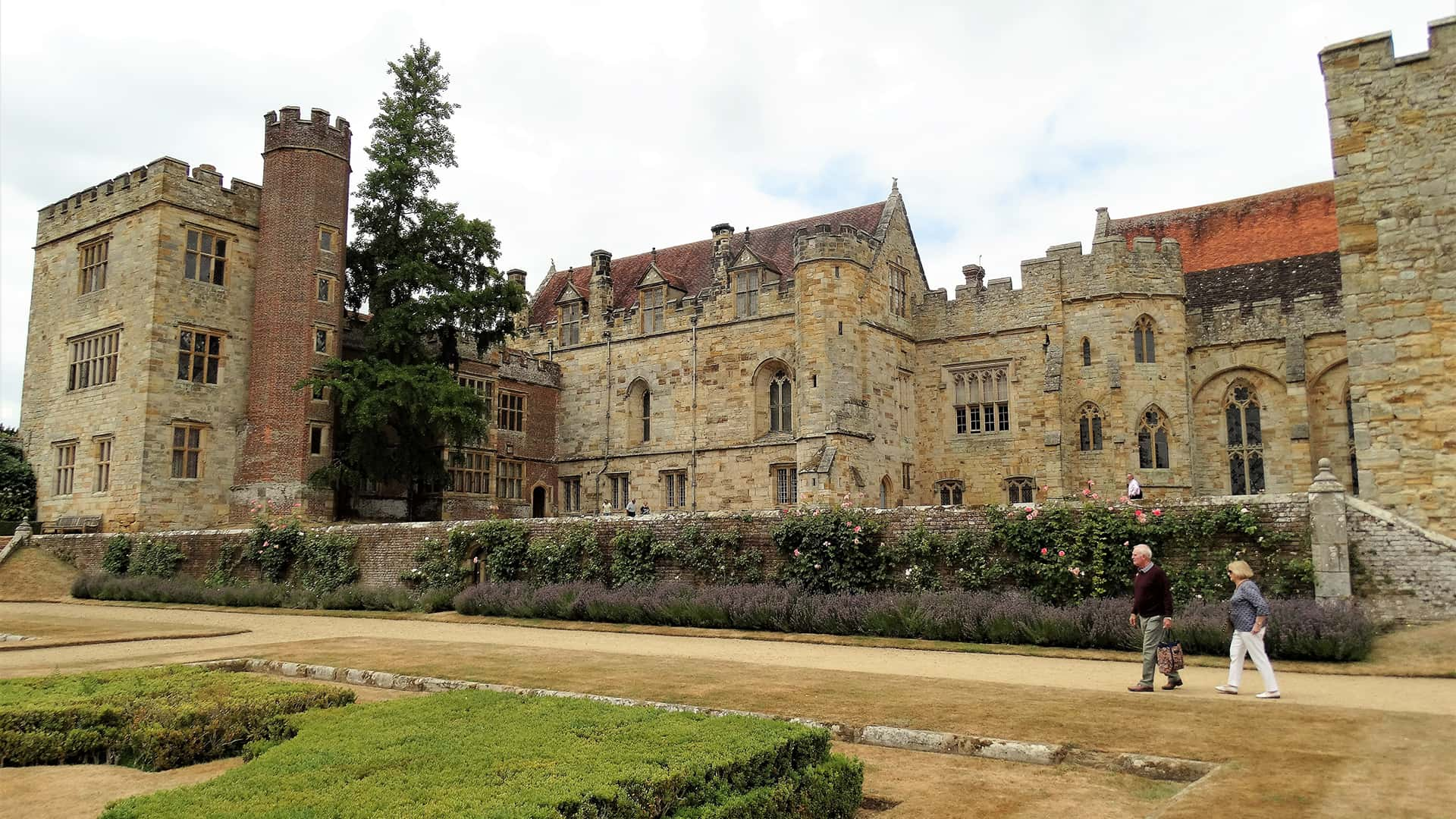 Penshurst Place and Wall