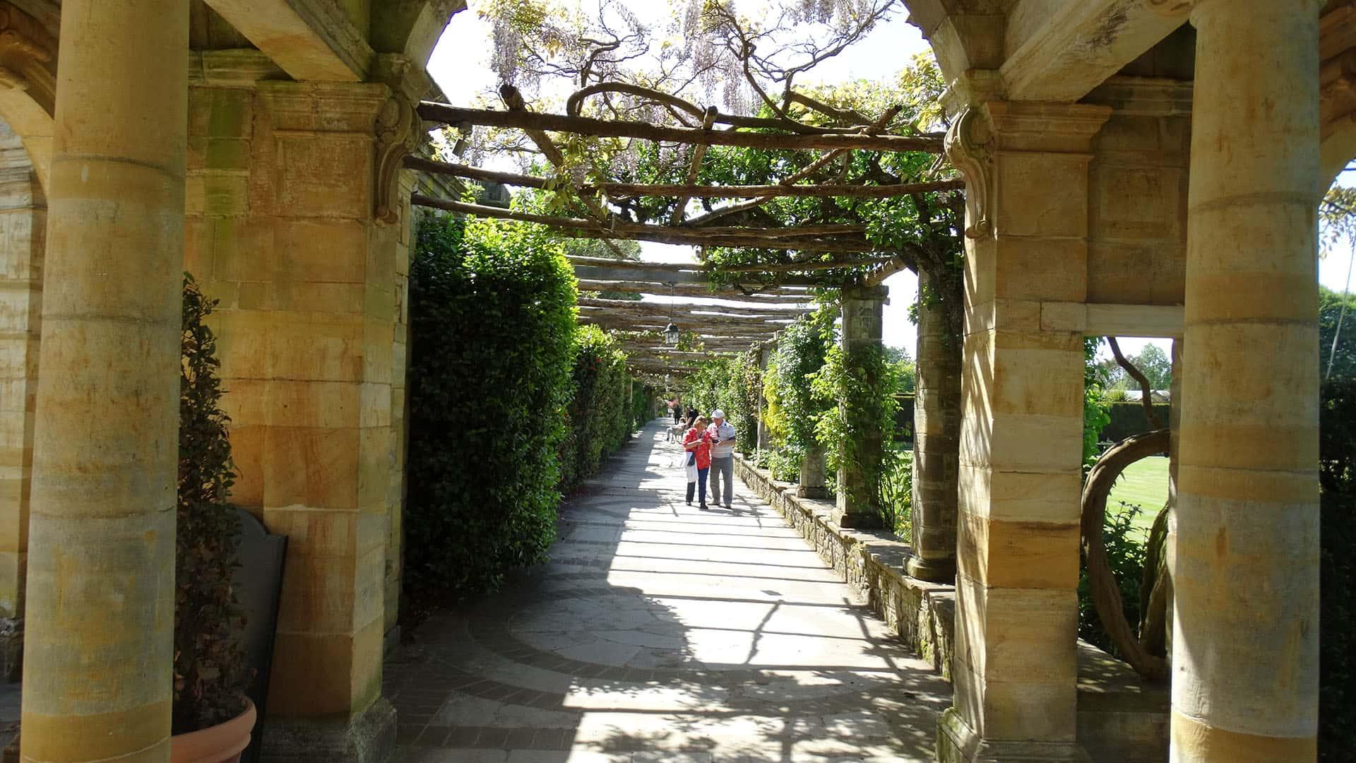 Hever Castle Walkway