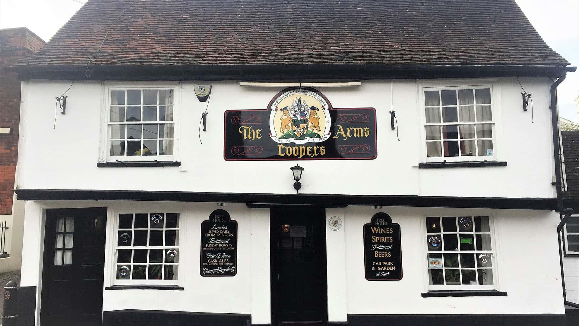 The Cooper's Arms near Rochester Castle