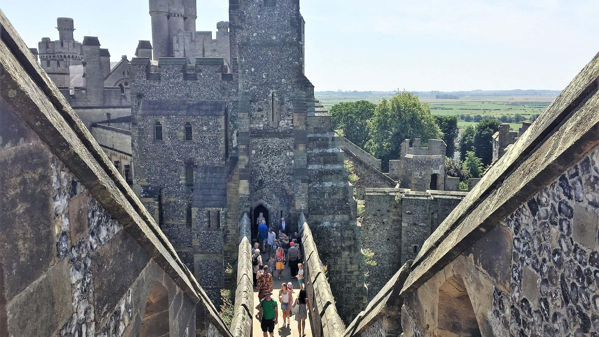 Walking Arundel Castle's walls