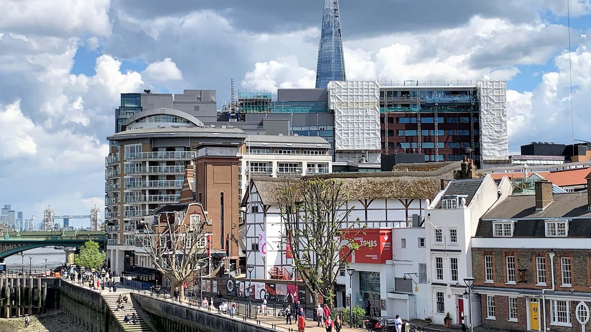 Historic London Tour – Beside the Thames